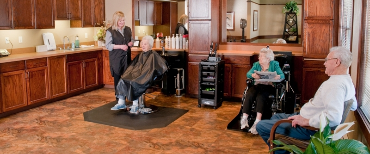 Rhinelander Rennes Health & Rehab Center Salon