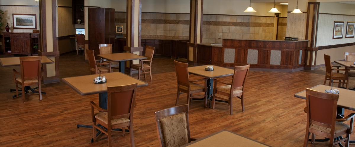 Rhinelander Rennes Health & Rehab Center Dining Area