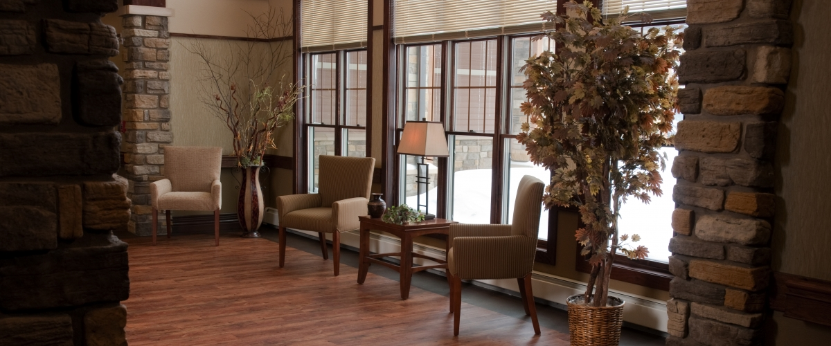 Rhinelander Rennes Health & Rehab Center Sitting Area