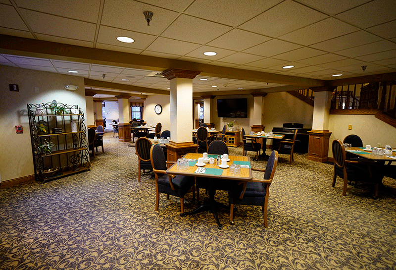 Appleton Renaissance Assisted Living Dining Room