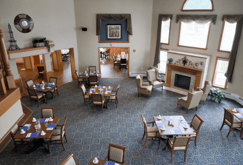 Marinette Renaissance Assisted Living Dining Room